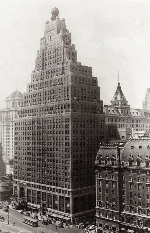 Paramount Building New York (1927)