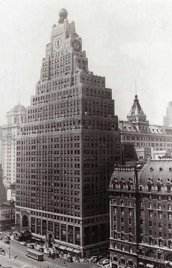 Paramount Building New York (1927)