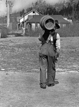 Szene aus Frank, Alberta (Kanada) aus der Zeit der Prohibition